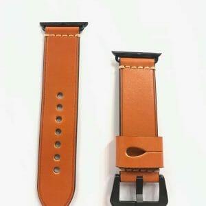 Leren-bandje-Oranje-met-klassieke-zwartkleurige-gesp-voor-Apple-Watch-42mm-44mm-Iwatch-Series-2.jpg