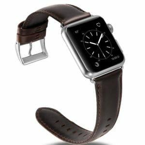Apple-Watch-leren-bandje-met-klassieke-zilverkleurige-gesp2.jpg
